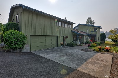 Lake Stevens Single Family Home For Sale: 1518 E Lakeshore Dr