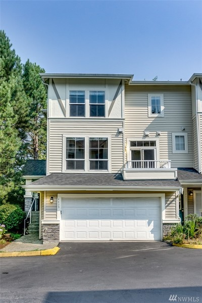 Issaquah Single Family Home For Sale: 4439 249th Terr SE