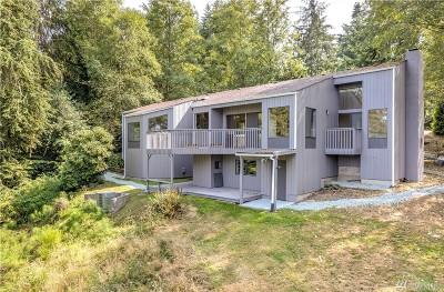 Oak Harbor Single Family Home For Sale: 760 Greenoch Loop