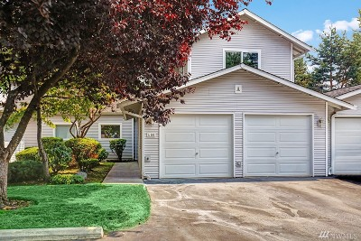 Everett Condo/Townhouse For Sale: 217 112th St SW #A103