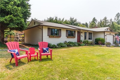 Oak Harbor Single Family Home For Sale: 1963 Fiver Place