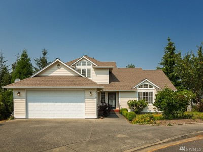 Anacortes Single Family Home For Sale: 2214 37th Ct