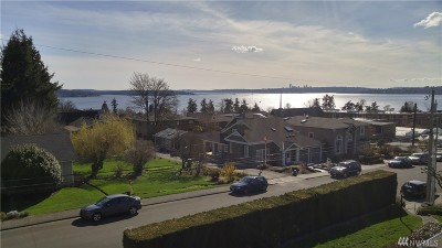 Kirkland Single Family Home For Sale: 122 8th Ave