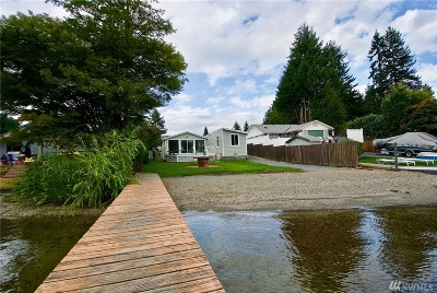Stanwood Single Family Home For Sale: 4228 Peninsula Rd