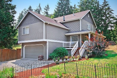 Single Family Home For Sale: 4309 W Lake Sammamish Pkwy