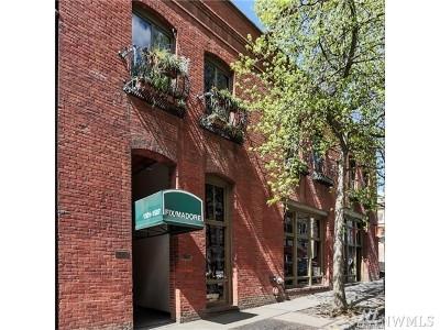 Seattle WA Condo/Townhouse For Sale: $550,000