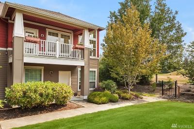 Redmond Condo/Townhouse For Sale: 22639 NE Alder Crest Dr #202