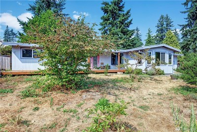 Bothell Single Family Home For Sale: 215 241st St SW