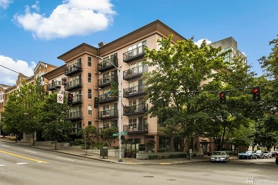 Seattle Condo/Townhouse For Sale: 1323 Boren Ave #210