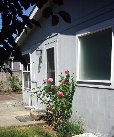 Graham Condo/Townhouse For Sale: 10412 197th St E