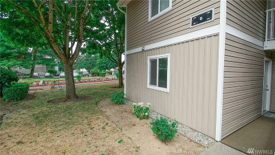 Kirkland Condo/Townhouse For Sale: 12510 NE 130th Wy #B-106