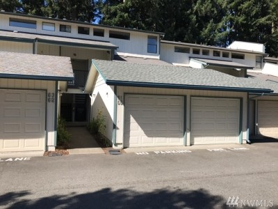 Tumwater Condo/Townhouse For Sale: 1500 Lake Park Dr SW #61