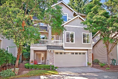 Issaquah Condo/Townhouse For Sale: 484 Newport Wy NW