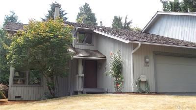 Redmond Single Family Home For Sale: 15819 NE 61st St