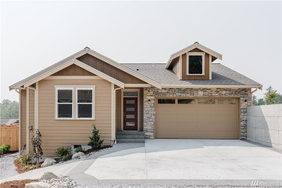 Single Family Home For Sale: 4325 Foothills Ct