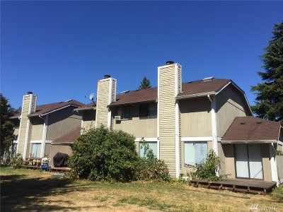 Spanaway Multi Family Home For Sale: 522 Field Rd E