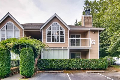 Lynnwood Condo/Townhouse For Sale: 16419 Spruce Way #G2