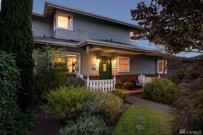 Kirkland Single Family Home For Sale: 1207 1st St