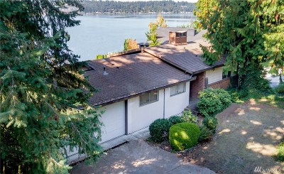 Sammamish Single Family Home For Sale: 2911 E Lake Sammamish Pkwy SE