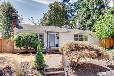 Seattle Single Family Home For Sale: 3611 NE 82nd Street