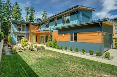 Sammamish Single Family Home For Sale: 3027 220th Ave SE