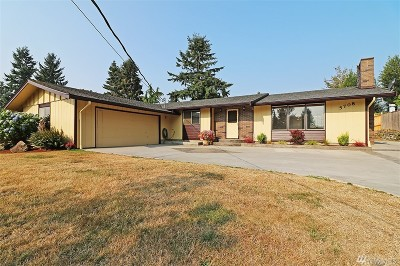 Snohomish Single Family Home For Sale: 5708 96th Dr SE