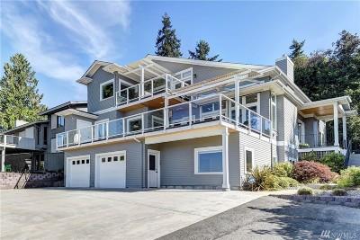 Kirkland Single Family Home For Sale: 12710 Holmes Point Dr NE
