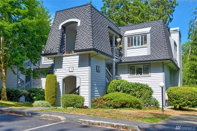 Kirkland Condo/Townhouse For Sale: 9904 NE 142nd Place #C-101
