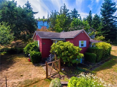 Anacortes Single Family Home For Sale: 2517 17th St