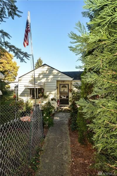 Everett Single Family Home For Sale: 1819 Maple St