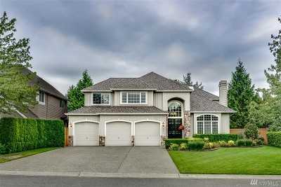 Sammamish Single Family Home For Sale: 2044 264th Place SE