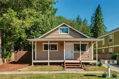 Snoqualmie Single Family Home For Sale: 38308 SE Northern St