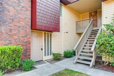 Bellevue Condo/Townhouse For Sale: 511 141st Ave SE #42