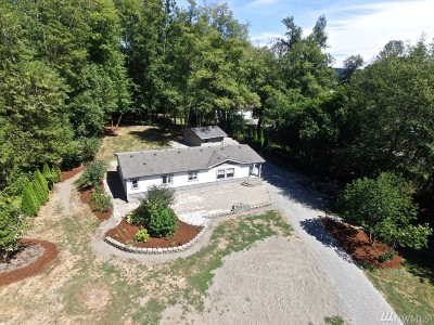 Olympia Single Family Home For Sale: 620 Nisqually Cut Off Rd SE