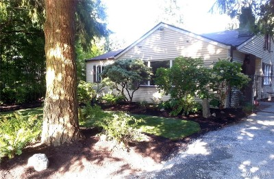 Seattle, Bellevue, Kenmore, Kirkland, Bothell Single Family Home For Sale: 8802 Burke Ave N