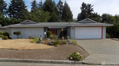 Bellevue Single Family Home For Sale: 448 174th Place NE