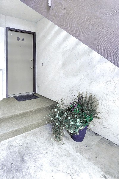 Kirkland Condo/Townhouse For Sale: 12019 100th Ave NE #A-2