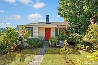 Seattle Single Family Home For Sale: 2825 30th Ave S
