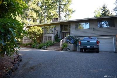 Single Family Home For Sale: 510 E Country Club Dr E