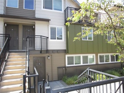 Redmond Condo/Townhouse For Sale: 15821 NE Leary Wy #C123