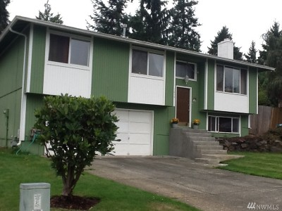 Puyallup Single Family Home For Sale: 2634 Parkwood Blvd E