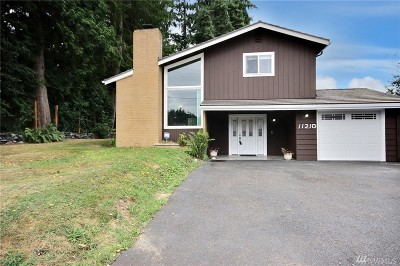 Puyallup Single Family Home For Sale: 11210 78th Ave E