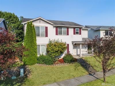 Sumner Single Family Home For Sale: 7409 Village Dr