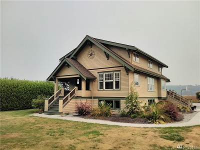 Mount Vernon Single Family Home For Sale: 21881 Pioneer Hwy