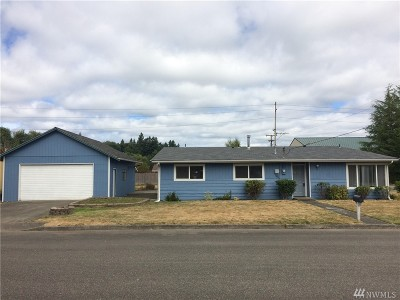 Tumwater Single Family Home For Sale: 220 N St SE