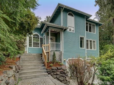 Lakewood Single Family Home For Sale: 9129 Edgewater Dr SW