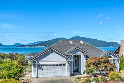 Anacortes Single Family Home For Sale: 4610 Camano Place