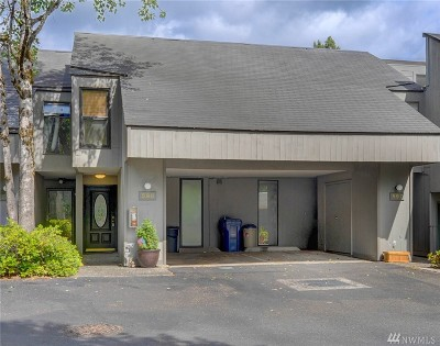 Redmond Condo/Townhouse For Sale: 13832 NE 66th St #598