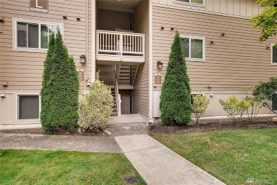 Woodinville Condo/Townhouse For Sale: 14206 NE 181st Place #L103