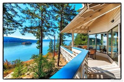La Conner Single Family Home For Sale: 733 Tillamuk Dr